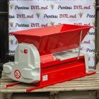 Дробилка электрическая с гребнеотделителем 1500 кг/час Italia